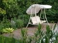 Holz im Garten, versteckter Sitzplatz, Garten-Terrasse