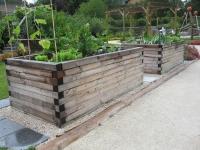 Trendig: stabile Gemüse-Hochbeete aus Holz