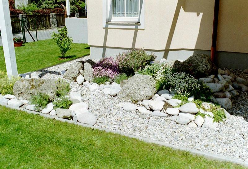 stein im garten › der service gärtner - gartengestaltung, Gartenarbeit ideen