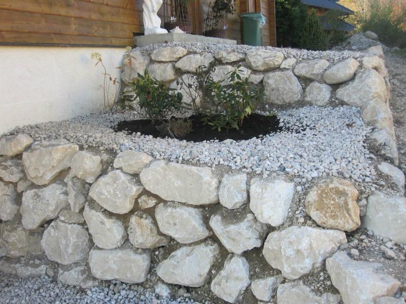 Stein im garten der service g rtner gartengestaltung for Garten der steine