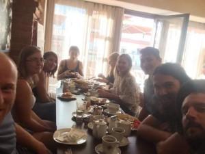 Die Service Gärtner beim Frühstück im Cafe Bernstein in Schwanenstadt